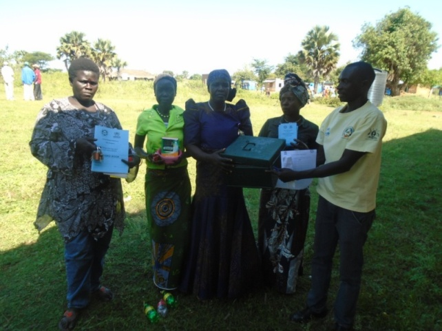Members of Jonyanita group (Adranga) receive their VSLA kit.
